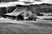 Michael Eingle - Barn In The Valley