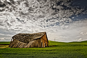 Leaden Sky Prints - Barn no.2 Print by Niels Nielsen