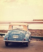 Old Automobile Prints - Beach Bum Print by Edward Fielding