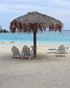 David Nichols - Beach Chairs Roatan