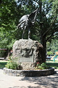 Vineyards Photos - Bear Flag Statue At Sonoma Plaza In Downtown Sonoma California 5D24433 by Wingsdomain Art and Photography