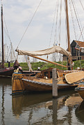 Patricia Hofmeester - Beautiful ol wooden sailing ship