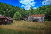 Abandoned North Carolina Home Metal Prints - Beaver Creek Farm Metal Print by Terry Berry