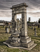 Bellevue Cemetery Crypt - 01 Print by Gregory Dyer