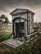 Bellevue Cemetery Crypt - 03 Print by Gregory Dyer