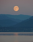 Cyaltsa - Bellingham Bay Moonrise