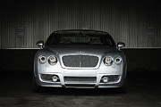 Barry Bonds Posters - Bentley Continental Grill Poster by Enrique Morales
