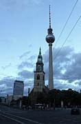 Berlin - Berliner Fernsehturm - Radio Tower No.01 Print by Gregory Dyer