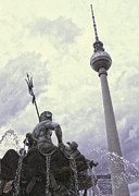 Berlin - Berliner Fernsehturm - Radio Tower No.04 Print by Gregory Dyer