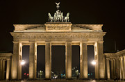 Locations Photo Framed Prints - Berlin Brandenburg Gate Framed Print by Frank Tschakert