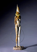 Nude Sculptures - Best Entertainer by Jacek Sumeradzki