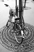 Damian Hevia - Bicycle On The Streets...