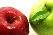 Lebensmittel Prints - Big Apple red and green Print by Tanja Riedel