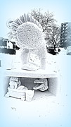 Kay Novy - Big Bird Snow Sculpture