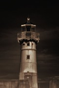 Duluth Art - Big ole lighthouse by Todd and candice Dailey