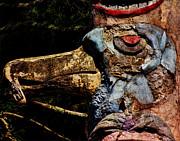Pamela Phelps - Bird Totem Pole