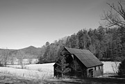 Sarah Yost - Black and White Barn