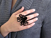 Charm Ring Jewelry - Black Octopus Ring by Rony Bank
