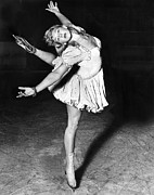 Figure Skating Photos - Blond Ballerina Of The Rinks by Underwood Archives
