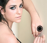 Black Ring Jewelry - Blossom woman Beautiful Flower Ring by Rony Bank