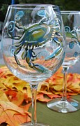 Painted Wine Glass Glass Art - Blue Crab Wine Glass by Sarah Grangier