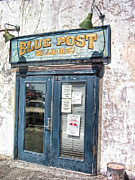 9 Ball Photos - Blue Post Billiards by Laurence Phipps