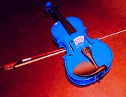 Violin Digital Art - Blue violin by Lyman Loveland