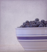 Huckleberry Prints - Blueberry Splash Print by Kim Hojnacki