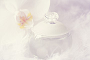 HJBH Photography - Bottle of perfume