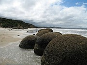 Joyce Woodhouse - Boulders at Moeraki...