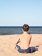 Edward Fielding - Boy at the beach flying a kite