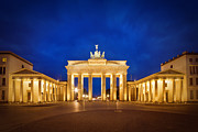 Night Lamp Framed Prints - Brandenburg Gate Framed Print by Melanie Viola