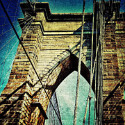 Nyc Digital Art Metal Prints - Brooklyn Bridge Grunge Metal Print by Natasha Marco