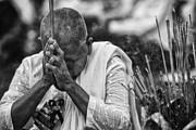 David Longstreath - Buddhist Nun Prayers