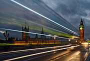 Cities Pyrography Metal Prints - Bus PastThe Houses of Parliament Big Ben Metal Print by Karl Wilson