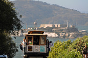 Brakeman Photos - Cable Car Going Down A Steep San Francisco Hill by Scott Lenhart