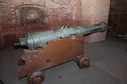 Artillery Metal Prints - Cannon at San Francisco Fort Point 5D21503 Metal Print by Wingsdomain Art and Photography