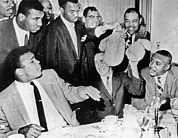 Heavyweight Photos - Cassius Clay Face Sonny  Liston by Underwood Archives