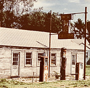 Marilyn Hunt - Cat Cabins and Gas Station