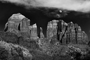 Red Rock Crossing Prints - Cathedral Rock Moon Rise Print by Dave Dilli
