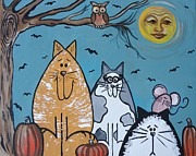 Pumpkins Paintings - Cats and Harvest Moon by Leslie Manley