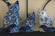Dan De Ment - Ceramic Cat Family