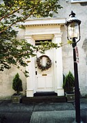 Photography Of Lamps Photos - Charleston Door With Wreath And Street Lamp by Kathy Fornal