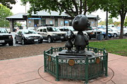 Sculptures Posters - Charlie Brown and Snoopy At Historic Railroad Square Santa Rosa California 5D25825 Poster by Wingsdomain Art and Photography
