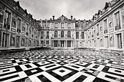 Historic Buildings Prints - Chateau Versaille France Print by Pierre Leclerc