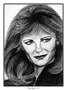 Grey Drawings Framed Prints - Cheryl Tiegs in 1981 Framed Print by J McCombie