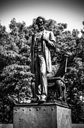 Lincoln Photos - Chicago Abraham Lincoln Statue in Black and White by Paul Velgos