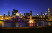 Park Scene Originals - Chicago Buckingham Fountain by Patrick  Warneka