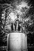 Lincoln Photos - Chicago Lincoln Head of State Statue in Black and White by Paul Velgos