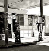 Cindy Nunn - Chiriaco Summit Classic Car Garage 1